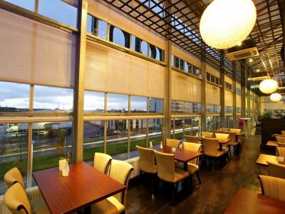 Restaurant glasoverkapping met glazen gevels 5