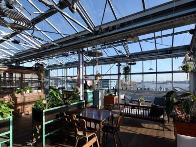 Daktheater glasoverkapping als restaurant met zonwering 6