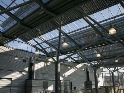 Glazen overkapping met geintegreede PV panelen 4