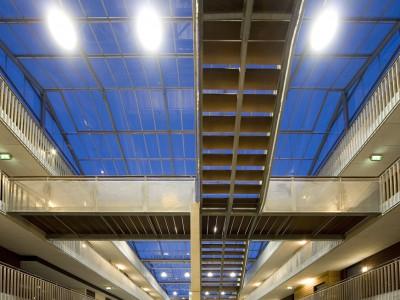 Glasoverkapte ruimte glasvliesgevels 2