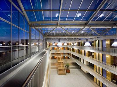 Glasoverkapte ruimte glasvliesgevels 4