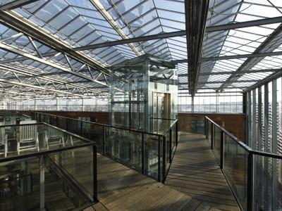Grote glasoverkapt transparant atrium1