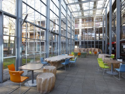 Glasoverkapping atrium school in kassenbouw systeem 3