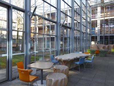 Glasoverkapping atrium school in kassenbouw systeem 5