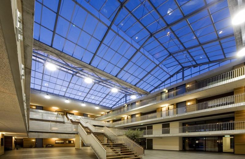Glasoverkapte ruimte glasvliesgevels 1