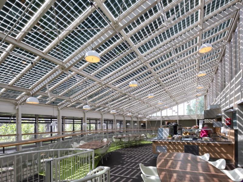 Solarpanelen BIPV PV geintegreerd in glasoverkapping 1